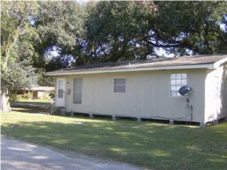 512  Sylvia St  , New Iberia, LA 70560 (MLS #L14257850) :: Keaty Real Estate