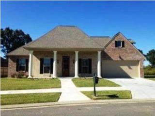 104 S Montauban Dr  , Lafayette, LA 70507 (MLS #L14258017) :: Keaty Real Estate