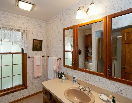 265 Glazier - Photo 17