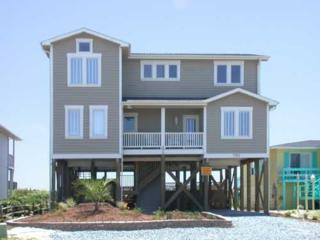 751  Ocean Blvd W , Holden Beach, NC 28462 (MLS #687743) :: Coldwell Banker Sea Coast Advantage