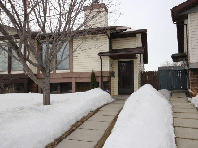 641 WHITEWOOD RD NE, Calgary