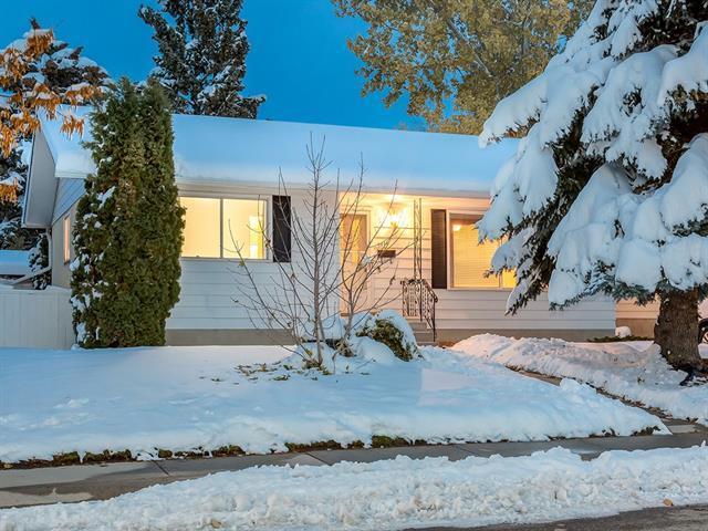 7816 10 ST NW, Calgary