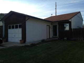 302  Tonk St W , Gillette, WY 82718 (MLS #14-1214) :: The Robertson Team