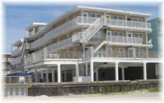 8401  Atlantic Avenue, #221  221, Wildwood Crest, NJ 08260 (MLS #159072) :: The Ferzoco Group