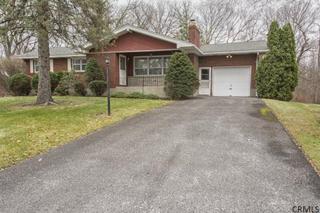 67 E Glenwood Dr  , Latham, NY 12110 (MLS #201424765) :: Carrington Real Estate Services