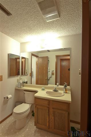 105 Grenadier Ct - Photo 12