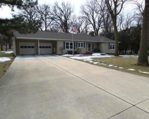 2301  Hawthorne Dr.  , Cedar Falls, IA 50613 (MLS #20150764) :: Amy Wienands Real Estate