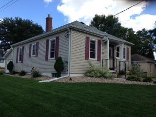1201  Lyon Avenue  , Waterloo, IA 50702 (MLS #20143425) :: Amy Wienands Real Estate