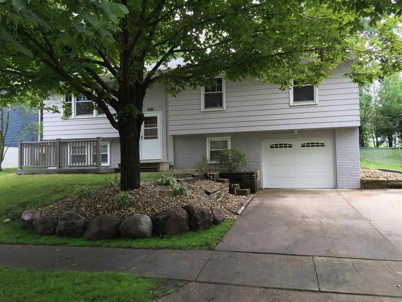 717 Lilac Cedar Falls Ia 50613 Mls 20154710 Amy Wienands Real Estate