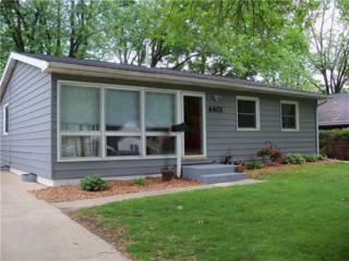 4401  Walker  St Ne  , Cedar Rapids, IA 52402 (MLS #1403997) :: The Graf Home Selling Team