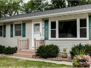 218  Lenora Dr Nw  , Cedar Rapids, IA 52405 (MLS #1405722) :: The Graf Home Selling Team