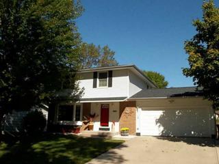 340  Sussex Dr Ne  , Cedar Rapids, IA 52402 (MLS #1406346) :: The Graf Home Selling Team