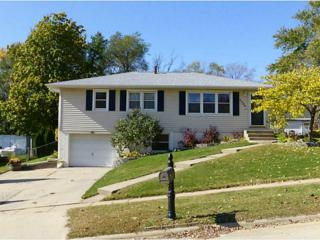 3406  Clover Dr Sw  , Cedar Rapids, IA 52404 (MLS #1407169) :: The Graf Home Selling Team