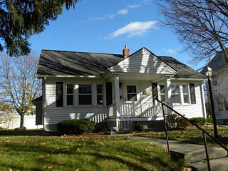 3025  C Ave Ne  , Cedar Rapids, IA 52402 (MLS #1407465) :: The Graf Home Selling Team