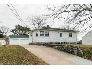 2409  Southland St Sw  , Cedar Rapids, IA 52404 (MLS #1408153) :: The Graf Home Selling Team