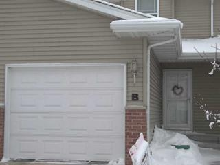 2940  Samuel Ct Sw #B  B, Cedar Rapids, IA 52404 (MLS #1500779) :: The Graf Home Selling Team
