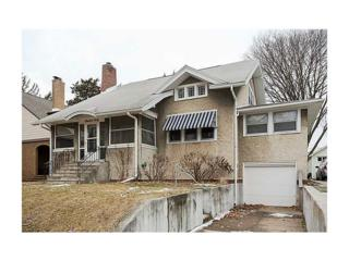 1960  B Ave Ne  , Cedar Rapids, IA 52402 (MLS #1500799) :: The Graf Home Selling Team
