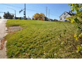 2658  Mt Vernon Rd Se  , Cedar Rapids, IA 52403 (MLS #1503926) :: The Graf Home Selling Team