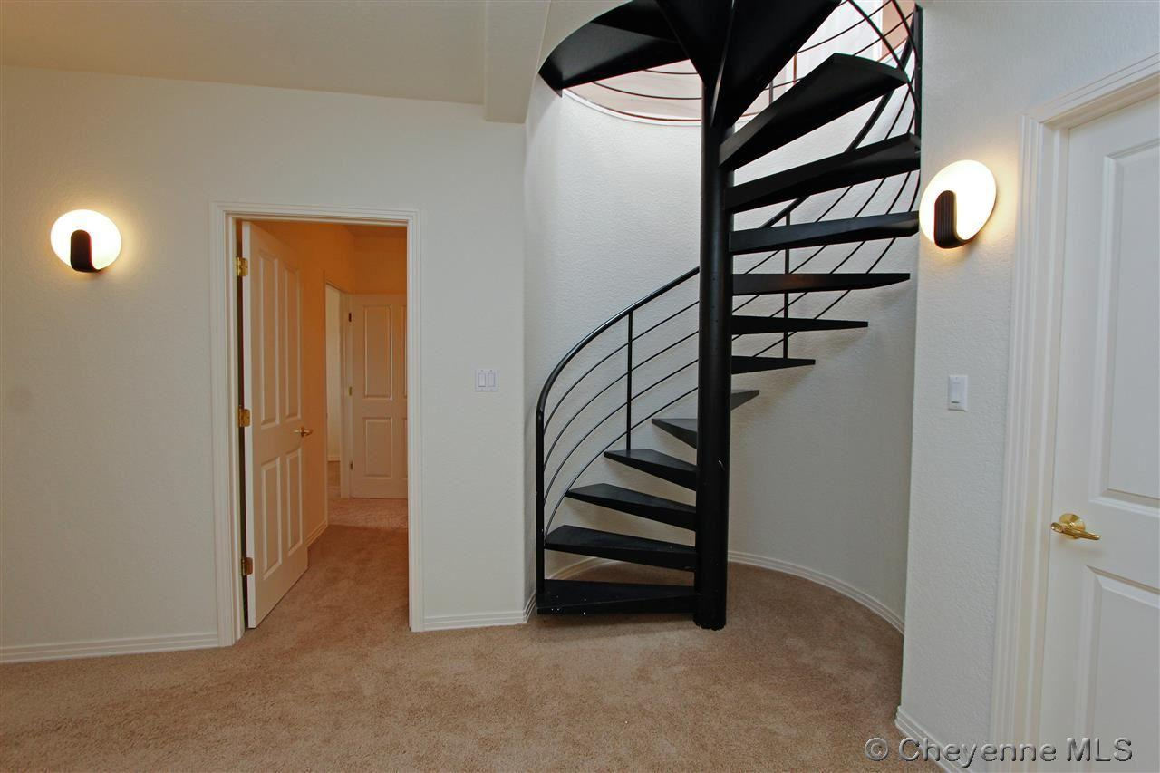 9200 Wildflower Dr - Photo 22