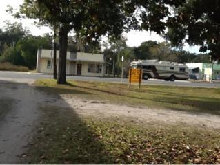 315 S Main St  , Chiefland, FL 32644 (MLS #714510) :: Plantation Realty Inc.