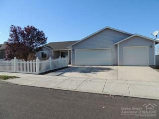 2245 NE Timberwolf Loop  , Prineville, OR 97754 (MLS #201410392) :: Birtola Garmyn High Desert Realty