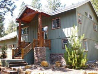 16526  Stage Stop Dr  , Bend, OR 97707 (MLS #201410422) :: Fred Real Estate Group of Central Oregon