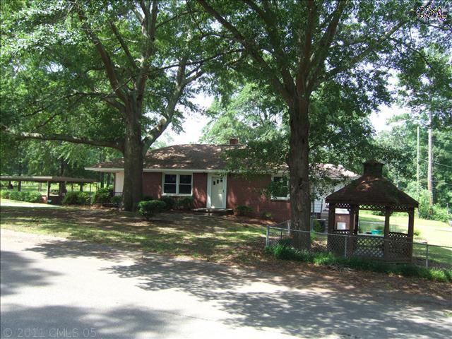 1029 Woodland Drive - Photo 1