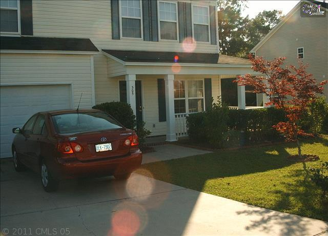 305 Blue Pine Court - Photo 1