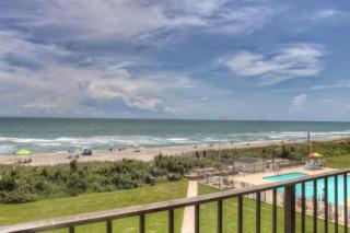 2305  Fort Macon Rd W 303, Atlantic Beach, NC 28512 (MLS #14-3662) :: Star Team Real Estate