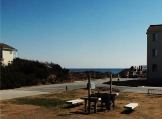 10300  Coast Guard Rd  104 B, Emerald Isle, NC 28594 (MLS #15-976) :: Star Team Real Estate