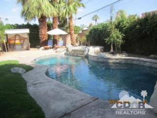 1571 E San Lucas Road  , Palm Springs, CA 92264 (MLS #214082489) :: The Jelmberg Team