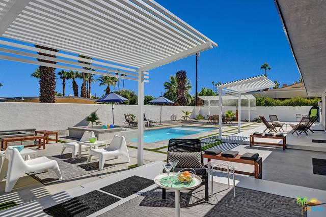 290 Luring Drive North, Palm Springs