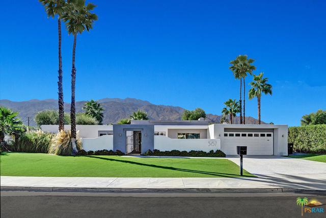 567 Lujo Circle North, Palm Springs