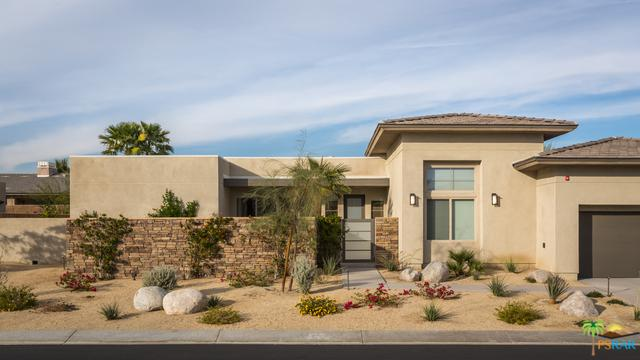 1616 Ava Court, Palm Springs