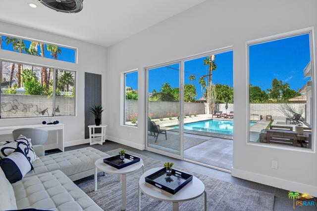 1321 Calle Rolph  South, Palm Springs