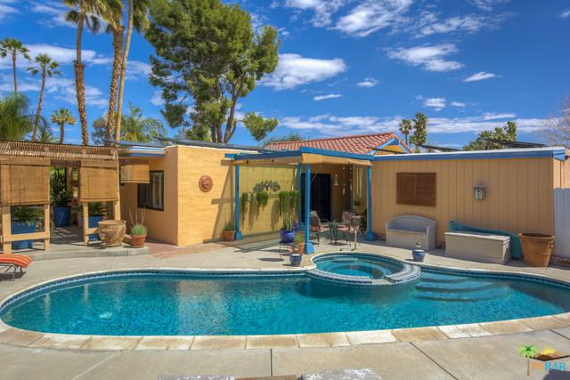 583 Lujo Circle North, Palm Springs