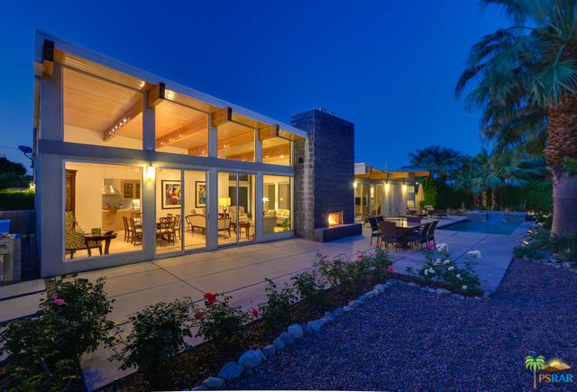 1701 Royal Palm Court, Palm Springs