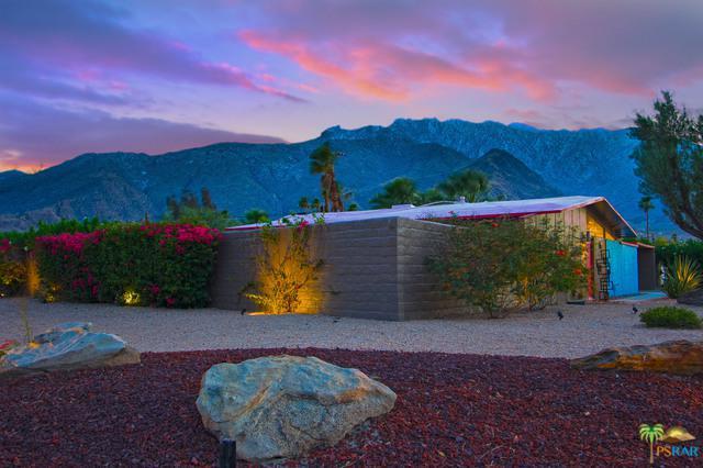 555 Glen Circle North, Palm Springs