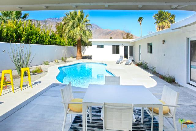 1055 Racquet Club Road East, Palm Springs