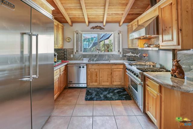 523 Vista Oro  South, Palm Springs