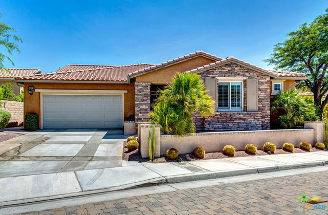 1752 Sand Canyon Way, Palm Springs