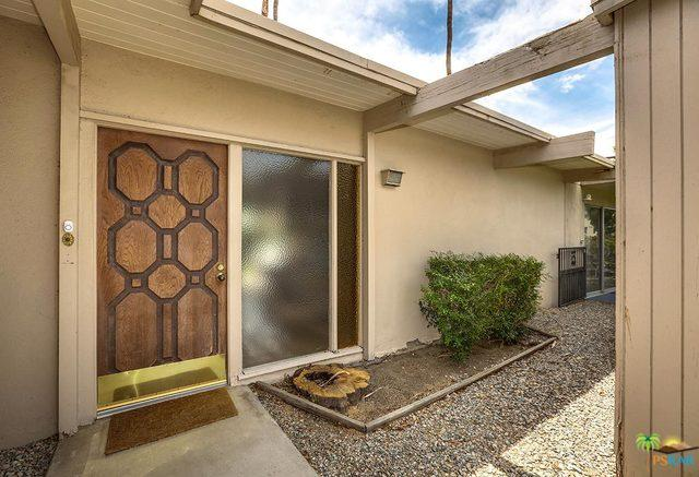 202 Monterey Road North, Palm Springs