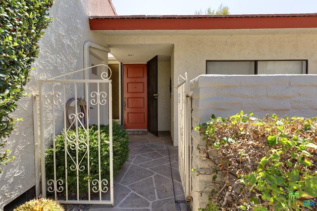 1063 La Verne Way South, Palm Springs