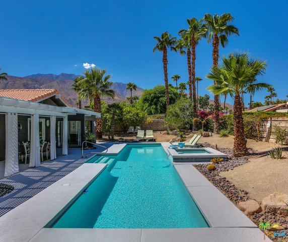 1102 El Escudero  East, Palm Springs