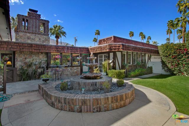 635 Grenfall Road S, Palm Springs