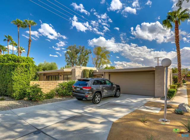 1749 Sandalwood Drive E, Palm Springs