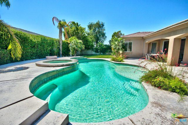2 Orleans Road, Rancho Mirage