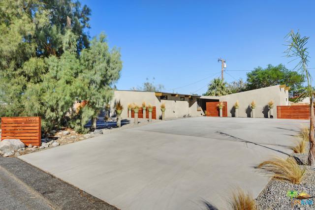15891 La Vida Drive, Palm Springs