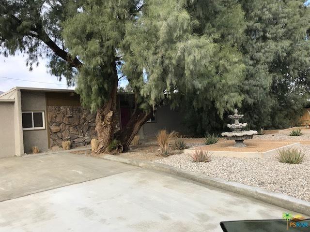 15880 La Vida Drive, Palm Springs
