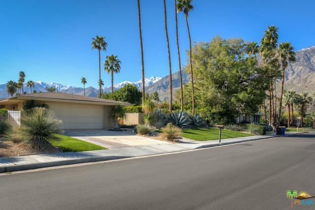 1033 Sierra Way E, Palm Springs